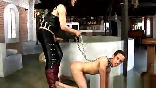 Tranny blooper fucks a chained chap