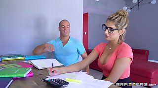 Brazzers - Sexy dweeb August Ames needs a study break