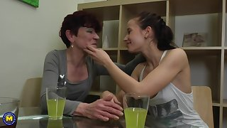 Isadora and Jaclyn fascinate a friend for a mature tribadic threesome