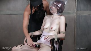 Violet Monroe likely up on the moderator and abused by mistress London River
