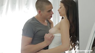 Pale soreness haired brunette teen Comminuted B fucked hardcore
