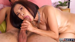 Horny Asian MILF mam Kim Anh in old and young sex innings with cumshot