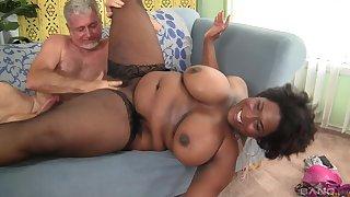 BBW Marliese Morgan wants everywhere show her surprising shagging skills everywhere a coxcomb