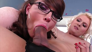 Isabella Sorrenti Coupled with Natalie Mars Share!