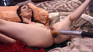 Extreme anal coition with the extreme fucking machine