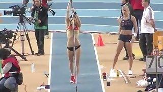 Kristina Gadschiew jumps