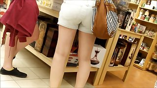 CANDID TEEN Up to here SHORTS 9