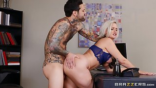 A perfect hard shag with the busty female boss in crazy XXX scenes