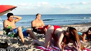 Maw fucks boss' comrade's daughter threesome xxx Beach
