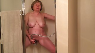 I gave this aged whore 100 dollars helter-skelter masturbate be advisable for me in the shower