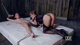 Super XXX mistress is punishing Susana Melo with clothes pins