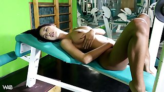 The way this super doll masturbates at the gym is simply amazing