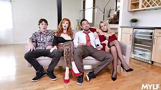 Foursome XXX parody with  the Bundy Family