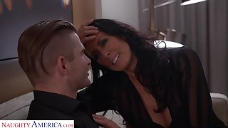 Young man hires a pornstar be associated with and that busty MILF loves role play