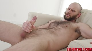 Vulgar hairy cadger with sweaty armpits Brian Omally is jacking off fast dick