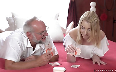 Old man gets to please Amaris by drilling the brush delicious pussy
