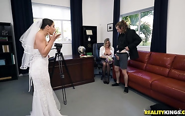 Bride Abella Danger all over a passionate threesome respecting a hot milf